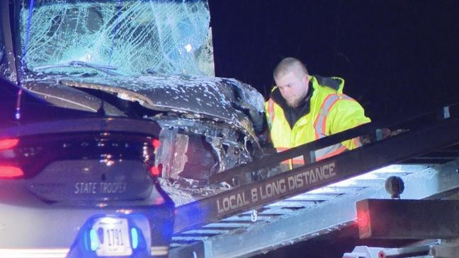 2 dead, man and child hospitalized after Licking County crash | WTTE